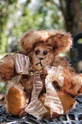 Mohair brown tipped bear 005 (427x640)