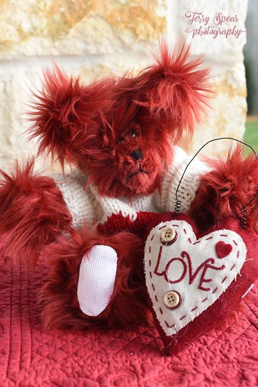 red-valentines-bear