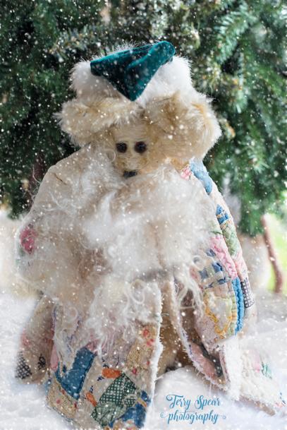 santa-bears-antique-cloak-900-009