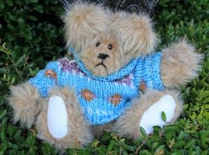 sweater bear blue (640x475)