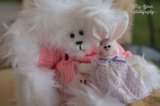 white-easter-bear-with-purple-bunny
